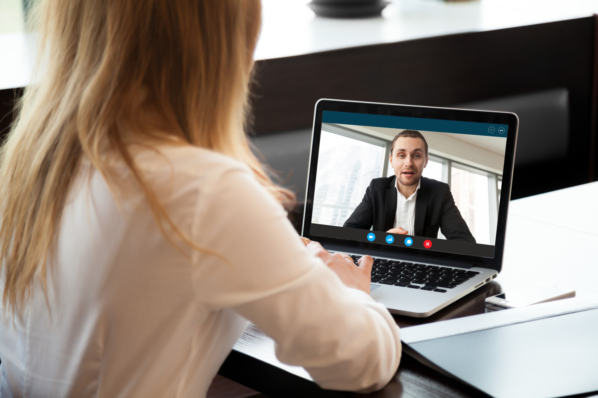 The Best Video Interview Softwares and Platforms for Businesses
